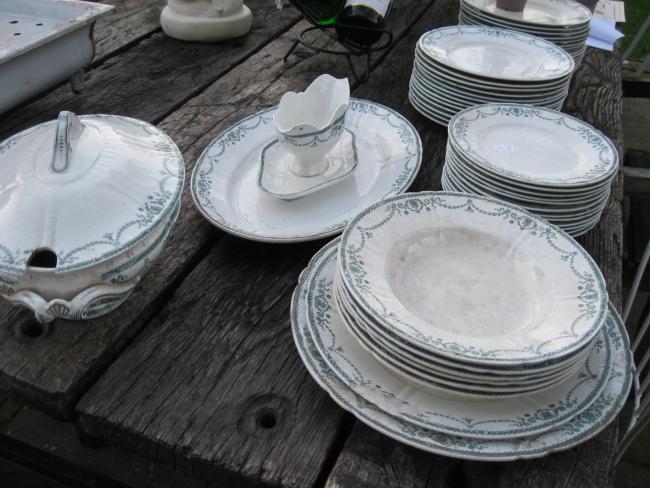 Mooi Servies Set.Complete Serviezen Brocante En Antiek T Bagatelletje Zeeland